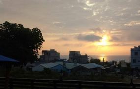 小琉球夢想家農莊式民宿可以觀看夕陽餘暉,享受慢活悠閒的生活